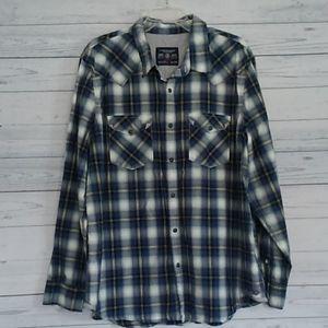 American eagle vintage fit button up plaid shirt